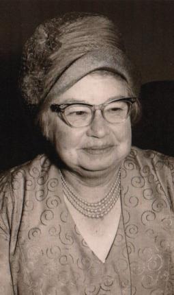 Doris Turpin early 60s at Maralyns wedding
